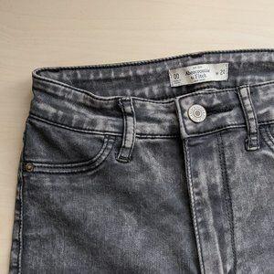 A&F Super Skinny High Rise Acid Wash Ankle Jean 24